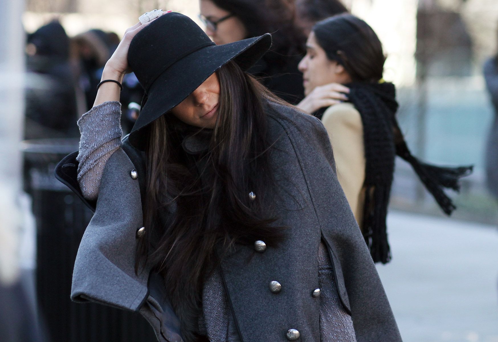 trendy płaszcz