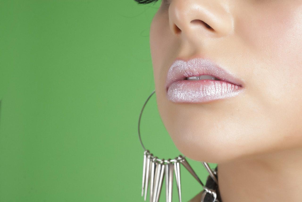 nowoczesny makijaż ust
